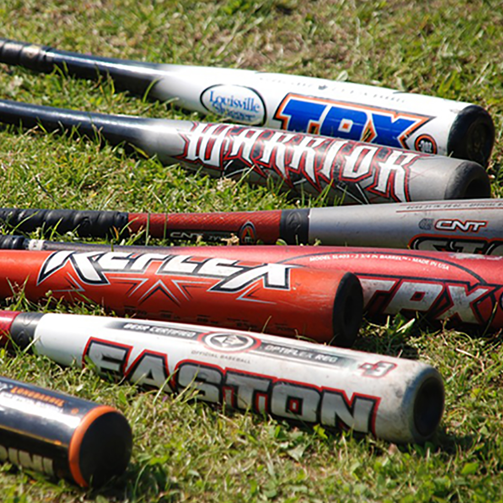 Swing Weight v.s. Printed Weight: How To Better Understand The True Weight Of Your Bat